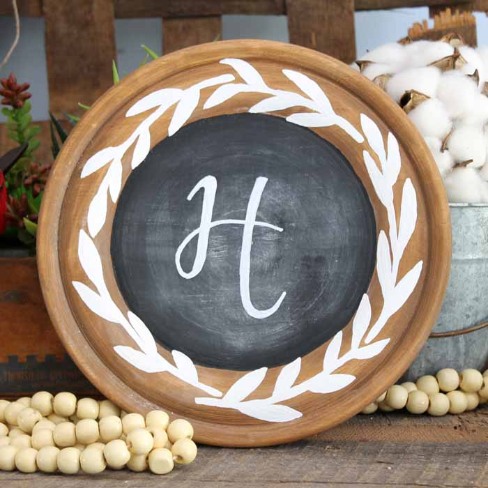 Rustic Chalkboard for Your Farmhouse
