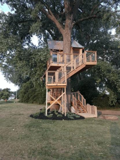 A treehouse in Nebraska